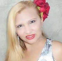 Yaritza Rinconez ´La Poetisa de Diamante´